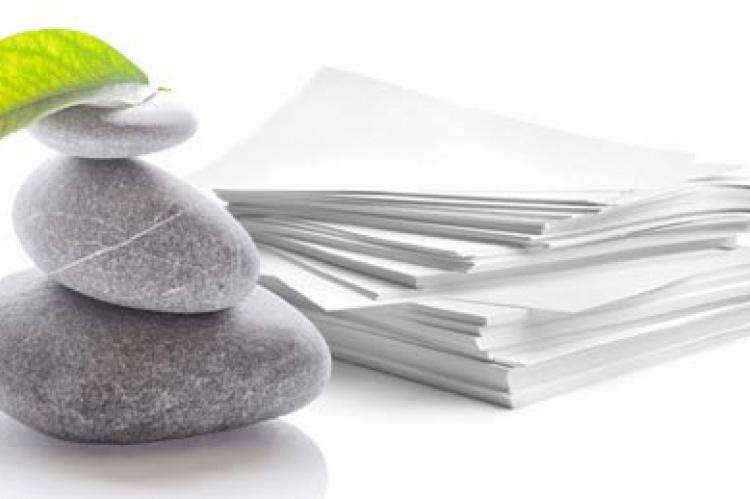 Papel De Piedra Reciclable Una Y Otra Vez El Correo Del Sol