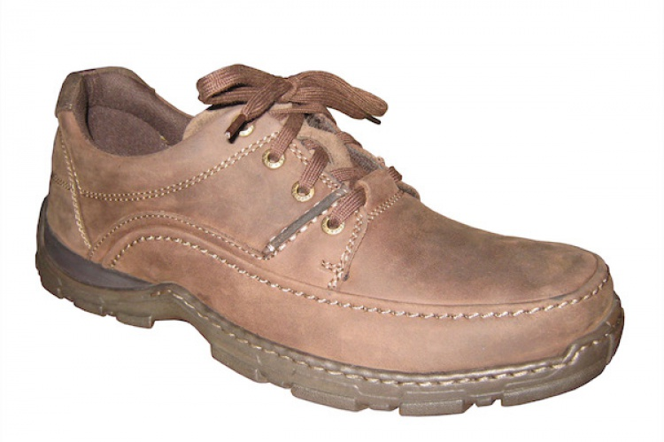 b8d01286 Limpiar zapatos sin betún | El Correo del Sol